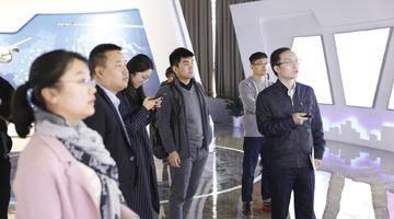 楼事现场 今天,新吴区土储中心领导和地产界资深投拓代表一起去了这些地方...